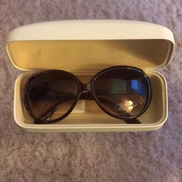 de35b0819899 Chloe Tortoiseshell Sunglasses